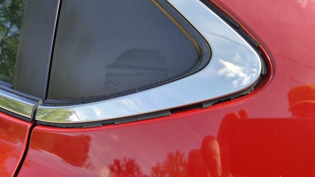 Cracked Rear Side Window Panel Rubber Trim Seal Mazda 6