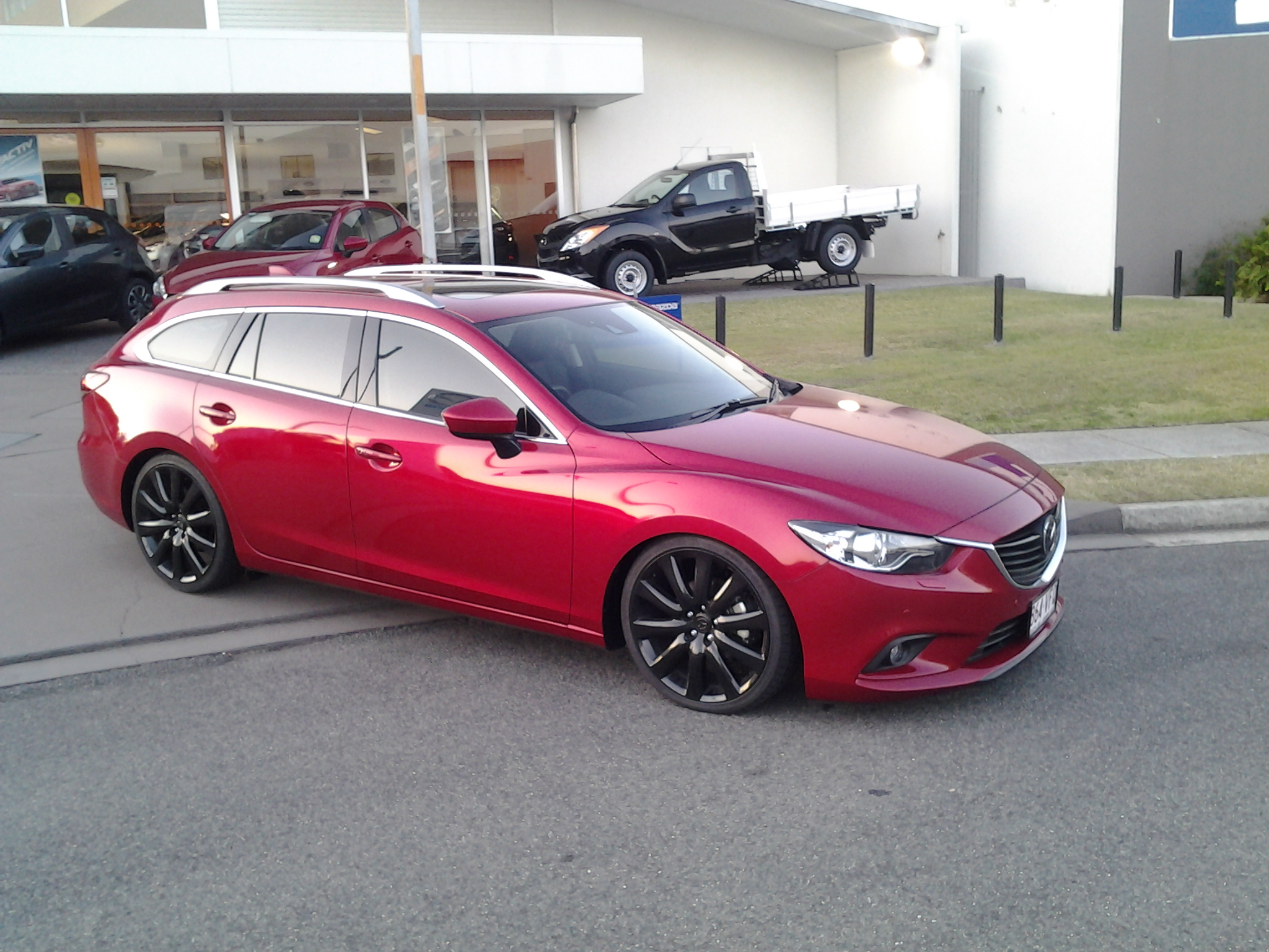 http://forum.mazda6club.com/attachments/mazda-6-2nd-generation-2008-2013/134009d1417179140-lowered-6-s-post-pics-your-lowered-6-2014-11-14-18.00.31.jpg