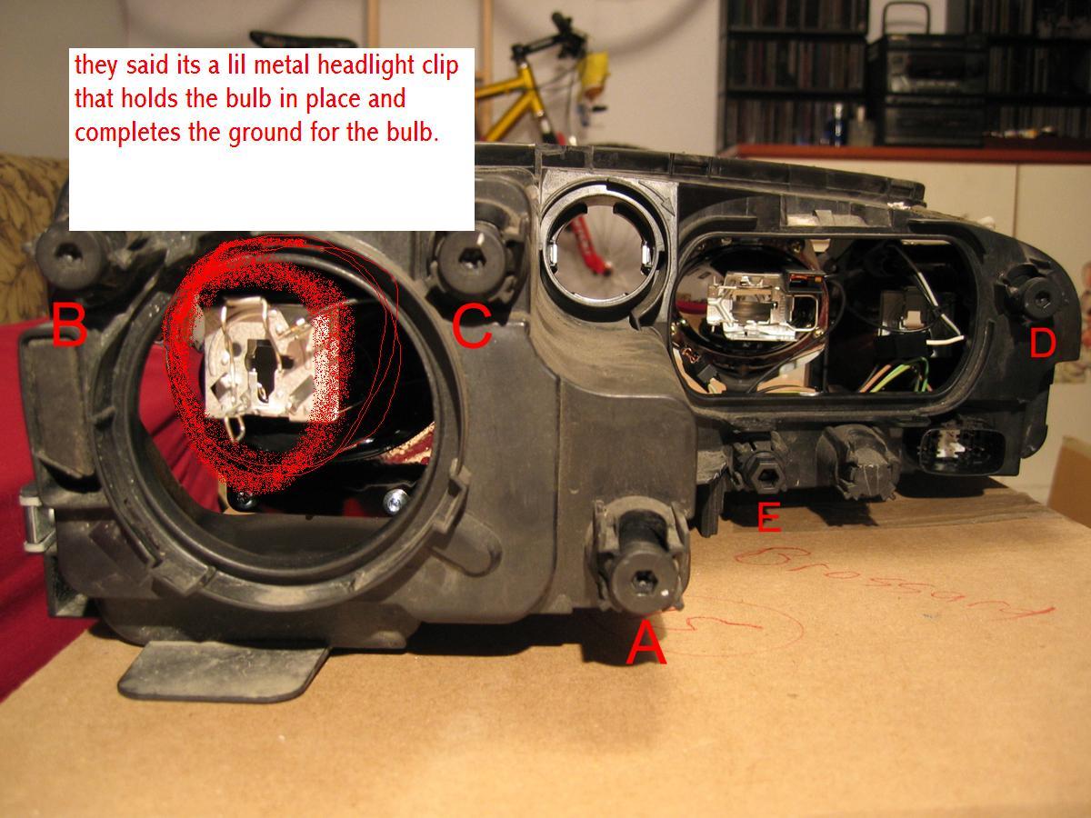headlight assembly clip-headlight2.jpg