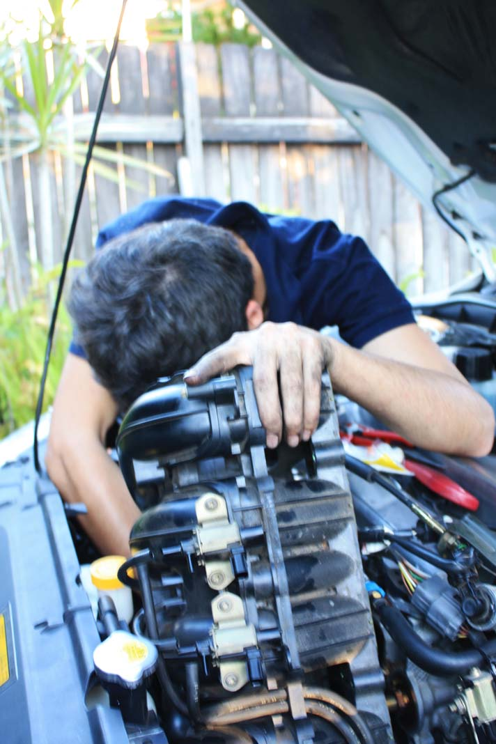 How to : PCV Valve removal-img_4133_2_.jpg