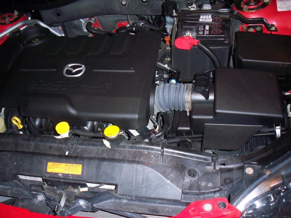 Replace headlight bulb - 2004 Mazda 6-pic3.jpg