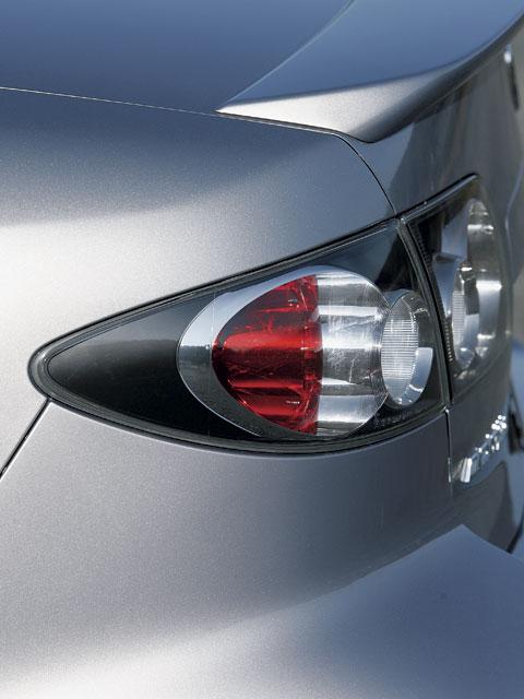 Mazda 6 2003 Red. 2003 6s - Glacier Silver